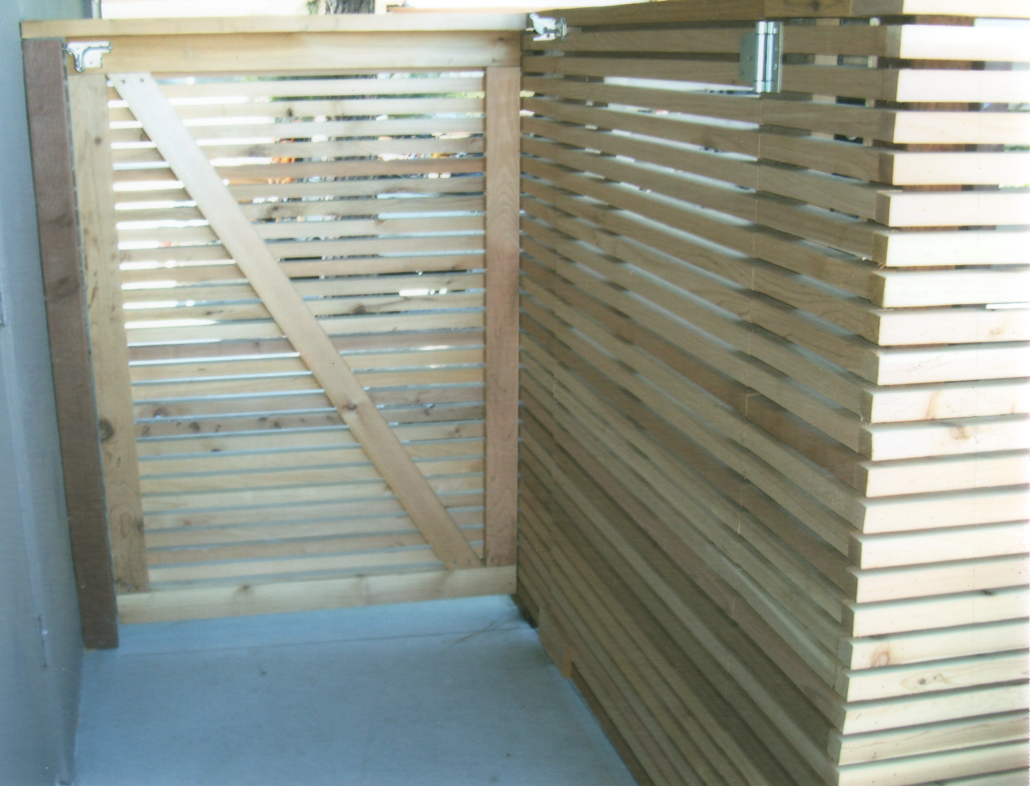 D Fence Builders Wood Fencing