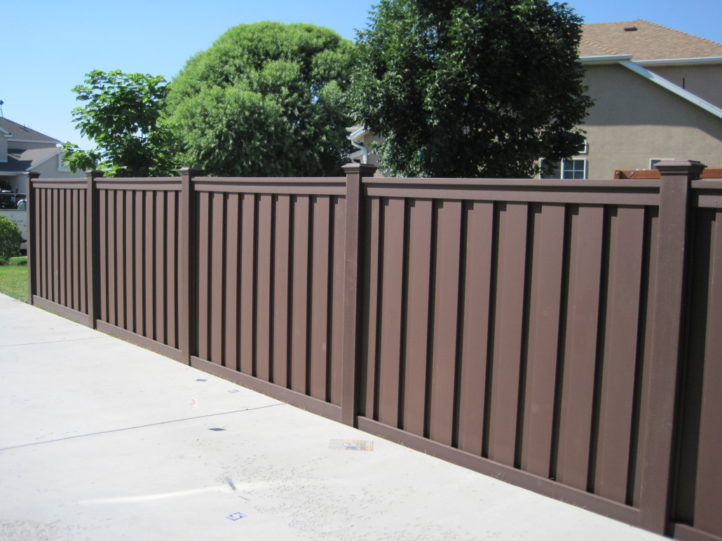 D Fence Builders Composite Fencing